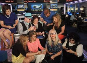 A day at the OMG! Insider studio with fellow twitterati.  Follow them on Twitter at @ThePartyGoddess @xoxoLizza @LoriLouglin @ArmyYoga @DailyDimmick @SandyAbrahms @JerylJagoda @TinaPR @LoriMoreno @CupcakeD and @Omginsider and @LouiseASL, of course